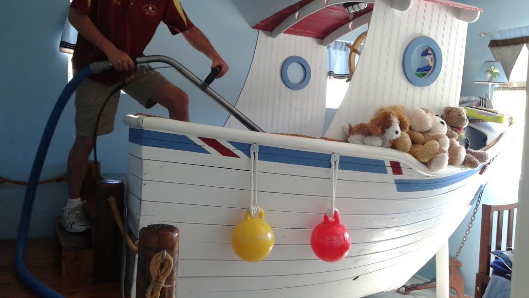 A-little-boat-cleaning-too